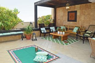 terrace, maharani bagh